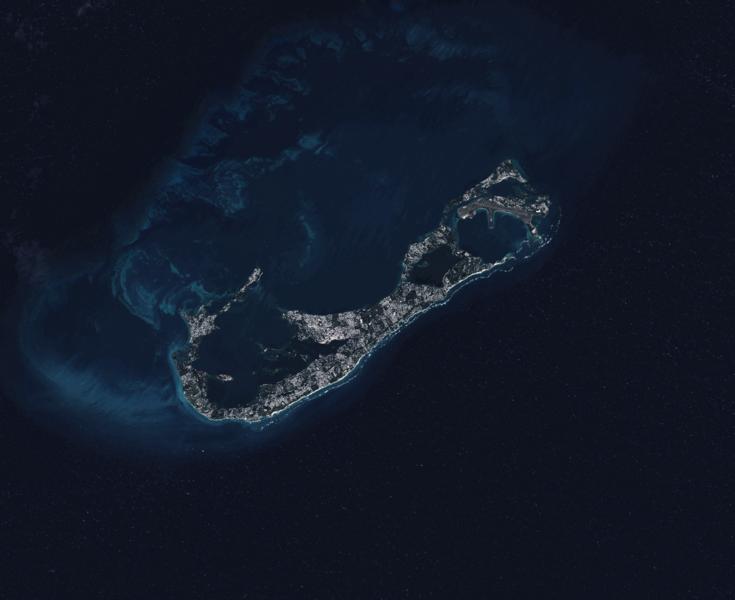 Satellitenaufnahme der Bermuda-Inseln (Landsat 8)