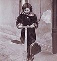 Biberlamm-Kindermantel (Ausschnitt).jpg