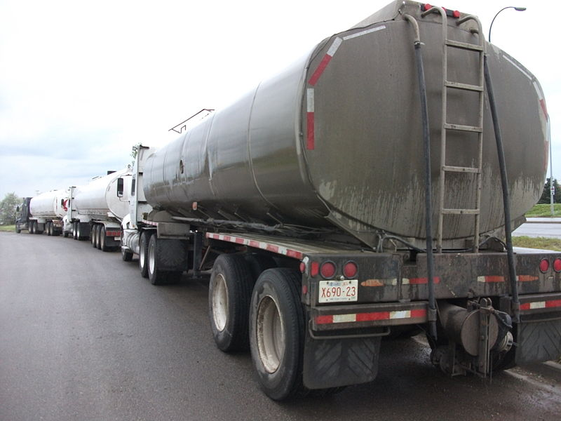 File:Big Rigs (4836387886).jpg