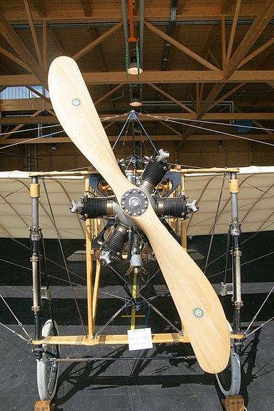 File:Blériot XI replica HB-RCV propeller.jpg