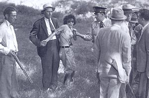 English: snapshot of capture of Blanche Barrow...
