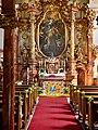 Blick in die Pfarrkirche Mauerbach.jpg