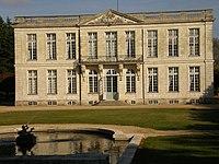 Bouges-le-Château.jpg