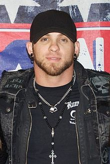Brantley Gilbert 2013.jpg