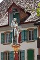 Brunnenfigur auf dem St. Mauritius-Brunnen in Le Landeron NE.jpg