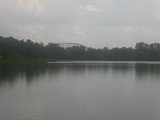 Pineville, Louisiana - Image: Buhlow Lake in Pineville, LA IMG 1168