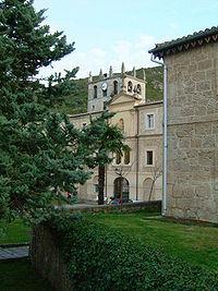 Fachada principal del Monasterio de Bugedo