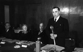 Rhineland-Palatinate - Minister-president Peter Altmeier at the Rittersturz Conference in 1948