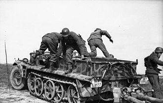 Sd.Kfz. 10 - An Ausf. B towing a 7.5 cm PaK 40