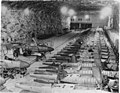 Bundesarchiv Bild 141-2737, unterirdische Flugzeugproduktion.jpg