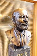 Buste commémoratif de Gene H. Kruger