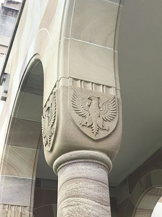 Great Court, University of Queensland - Carvings on the capitals of the columns, 2016