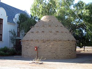 Carnarvon, Northern Cape - A reconstructed corbelled house in Carnarvon.