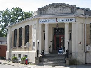 King Street (Dundas, Hamilton, Ontario) - Carnegie Gallery