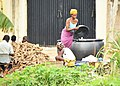 Cassava processing., the local ways of processing cassava in Africa, Nigeria 03.jpg