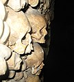 Catacombes-de-Paris-04796..jpg