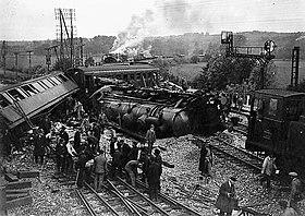 Le coup de tampon - François Coppée 280px-Catastrophe_de_Montereau_du_31_mai_1930