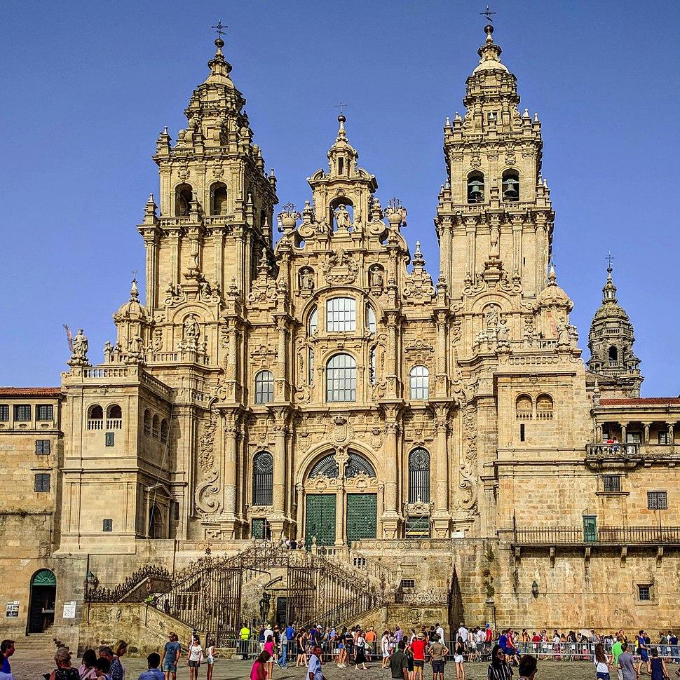 Catedral de Santiago de Compostela agosto 2018 (cropped)