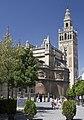 Cathedral de Sevilla-La Giralda-Plaza del Triunfo-20110914.jpg