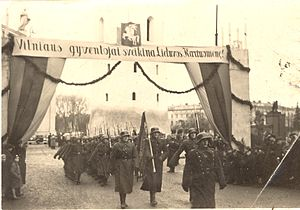 Vincas Vitkauskas - Lithuanian troops, commanded by Vitkauskas, enter Vilnius in October 1939