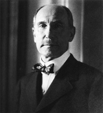 Charles Lang Freer - 1916 photograph portrait by Edward Steichen.