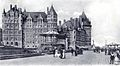 Chateau Frontenac et terrasse Dufferin vers 1907.jpg
