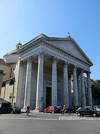 Chiavari, Cattedrale di Nostra Signora dell'Orto 01.JPG