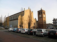 Chiesa dei Santi Pietro e Giacomo (Massa Fiscaglia, Fiscaglia) 02.JPG