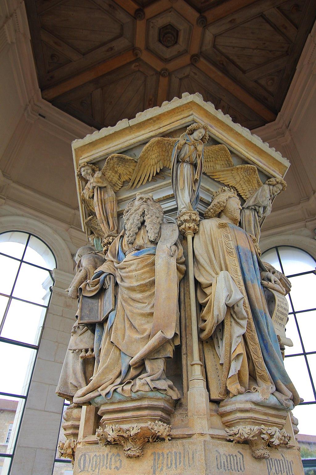 Puits de Moïse à Dijon