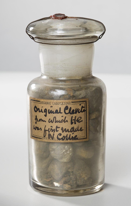 Clevite sample (35321726345).jpg