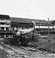 Collectie NMvWereldculturen, TM-20000878, Negatief, 'Het oude gedeelte van de stad, met op de voorgrond een geïmproviseerde verblijfplaats', fotograaf Boy Lawson, 1971.jpg