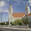 Collectie Nationaal Museum van Wereldculturen TM-20029567 De Protestantse Kerk aan de Wilhelminastraat in Oranjestad Oranjestad -Aruba Boy Lawson (Fotograaf).jpg