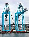 Container cranes at Skandiahamnen 2.jpg