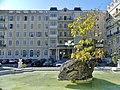 Cour et fontaine de l'Hôtel Splendide d'Aix-les-Bains (2018).JPG