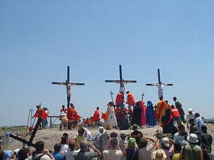 Crucifixion in San Fernando, Pampanga, Philippines, easter 2006, p-ad20060414-12h54m52s-r.jpg