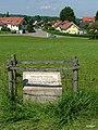 Das römische Reiterkastell stand zwischen Bettmauer und Kleinhaslach. - panoramio.jpg
