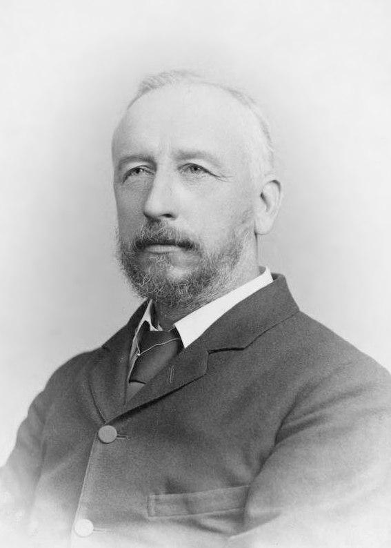 Portrait photo of Sir David Gill