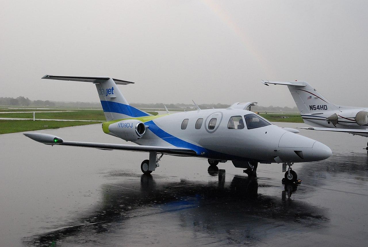DayJet - Air Taxi Service - Eclipse 500 Very Light Jet  545115154  jpgEclipse Jet