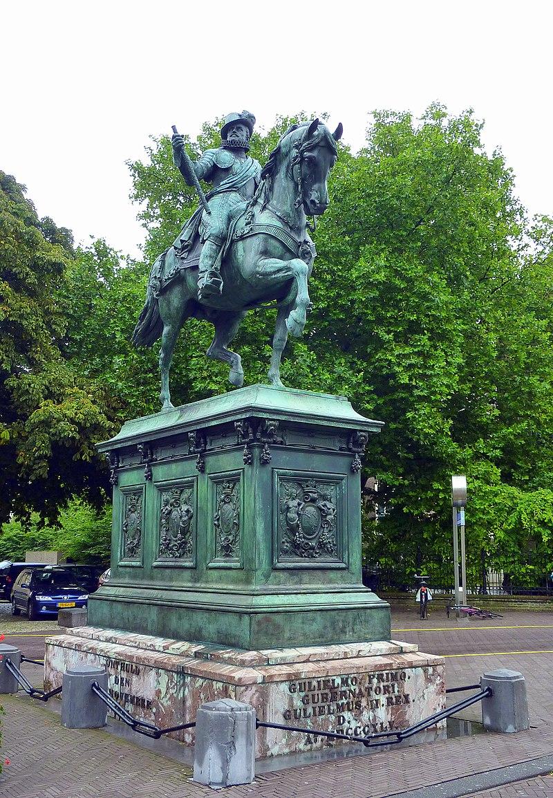 Ruiterstandbeeld Willem Van Oranje In  U0026 39 S Gravenhage
