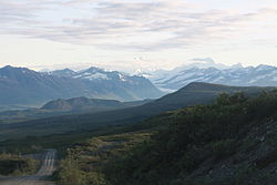 Denali Highway and Mt Hayes.JPG