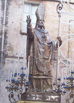Desciption- Statue of St. Cataldo bishop (Taranto) (Taranto).jpg