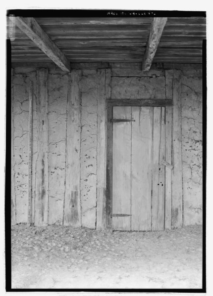 File:Detail view of east elevation, to show door and bousillage, with scale - Badin-Roque House, State Highway 484, Natchez, Natchitoches Parish, LA HABS LA-1294-5.tif