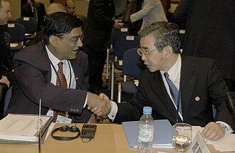 Finance Secretary - Indian Finance Secretary Dinesh Gupta and Zembei Mizoguchi, 2003