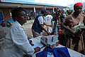 Distribution of BP-5 Emergency food packages in Goma - from Flickr 2995064256.jpg