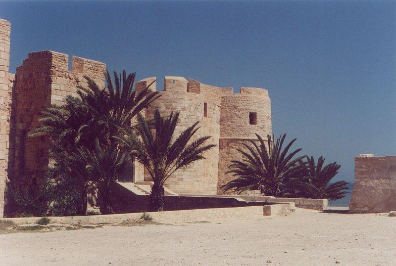 File:Djerba Fort.jpg
