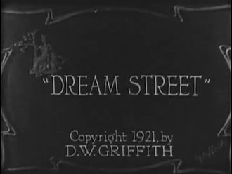 Fichier:Dream Street (film, 1921).webm