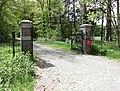 Driebergen-Rijsenburg - Dennenburg, Inrijhek RM509760.JPG