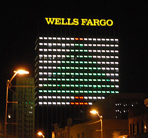 Wells Fargo Plaza (El Paso) - Wells Fargo Plaza lit at night as a Christmas Tree during the holiday season
