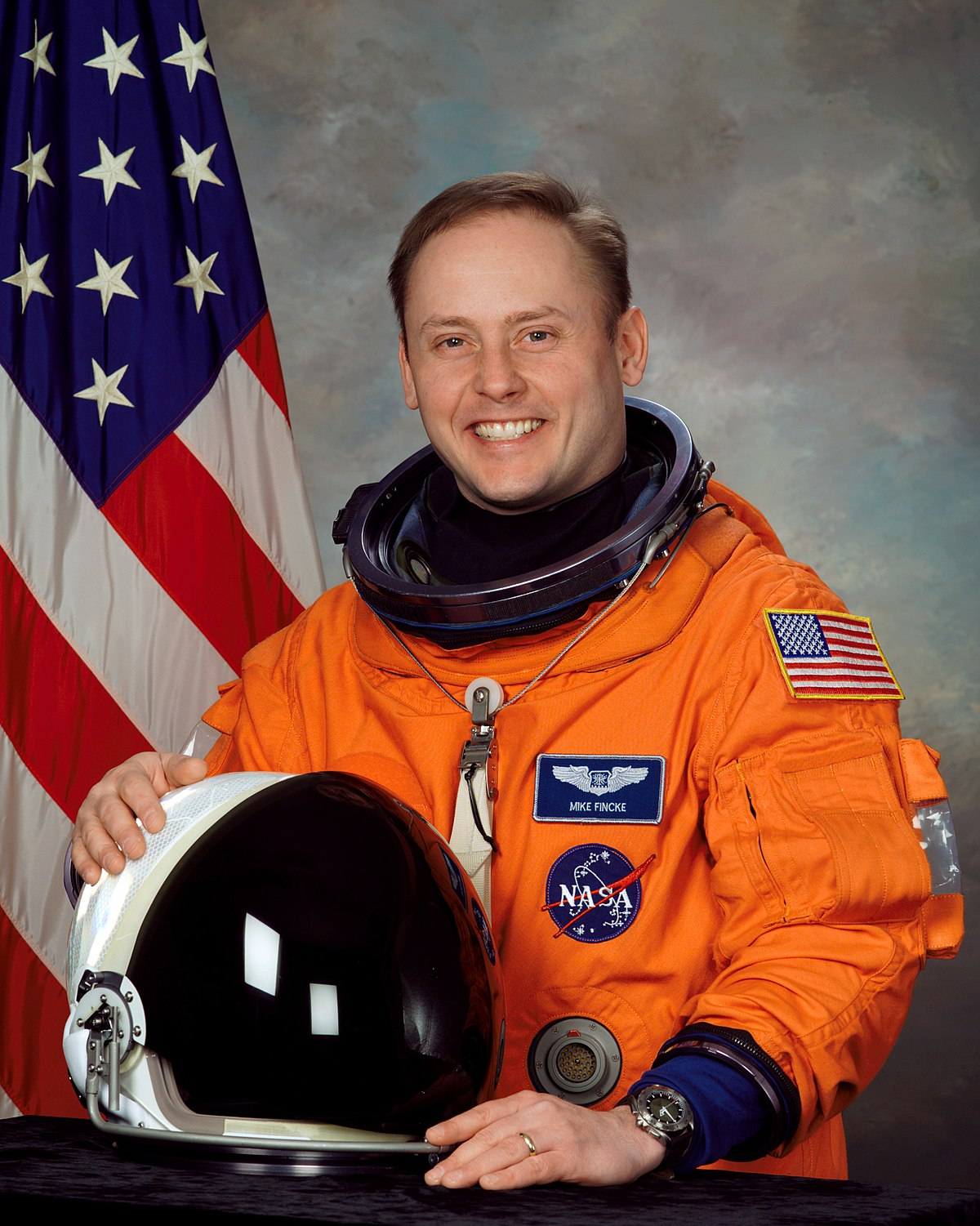 mike kelly astronaut - photo #23