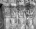 Eglise - Portail de la façade ouest, Chapiteaux de l'ébrasement droit - Saint-Loup-de-Naud - Médiathèque de l'architecture et du patrimoine - APMH00014692.jpg